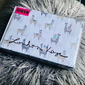 London Kaye Traveling Llama Queen Sheet Set